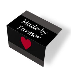 Made by Farmor - heart - svart/hvit midtfoldet